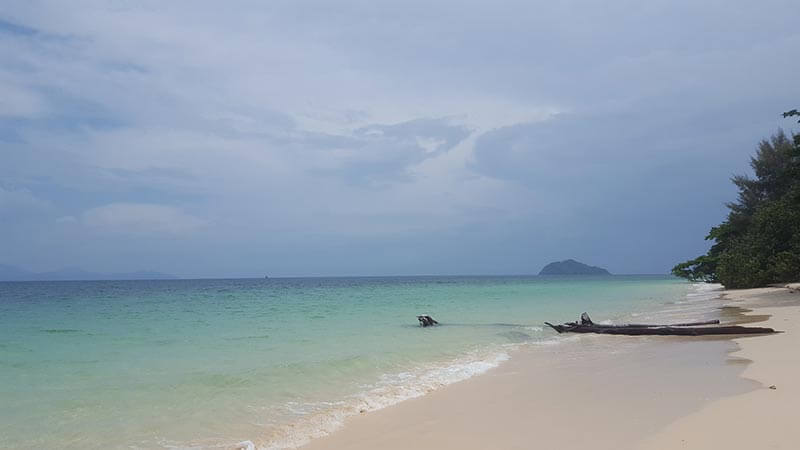 Beach on Koh Bulon Le - Thailand