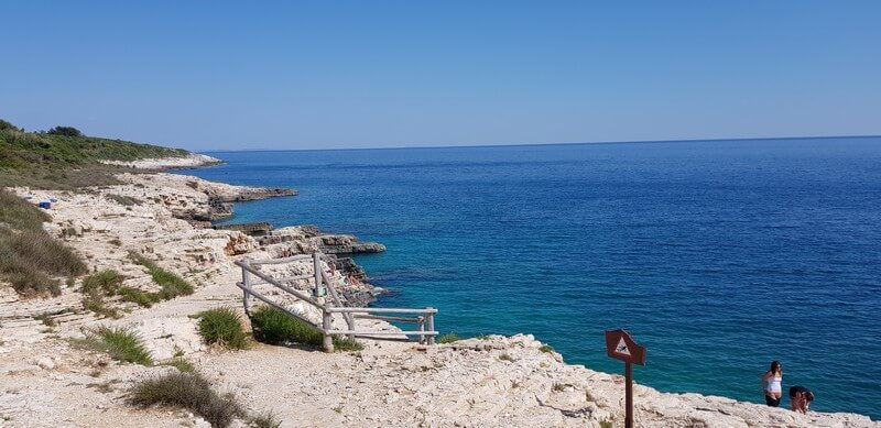 Cliff jumping ans swimming at Cape Kamenjak on the Istrian Peninsula