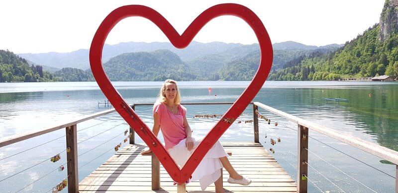 Things to do in Lake Bled: Take a photo in the heart