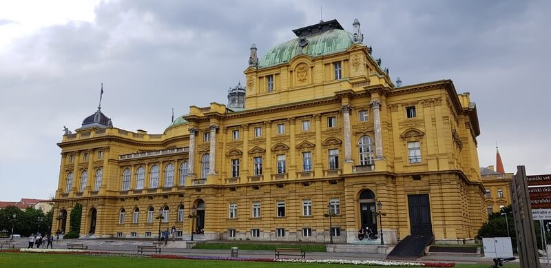 Things to see in Zagreb: Croatian National Theatre