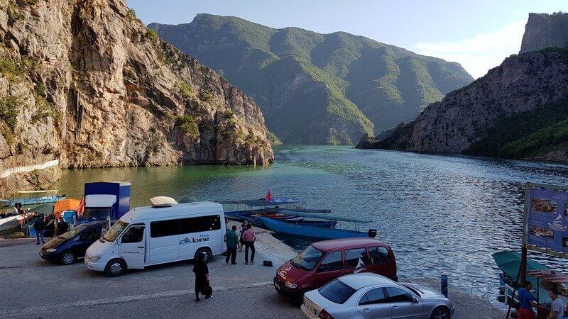 Lake Komani: Jetty