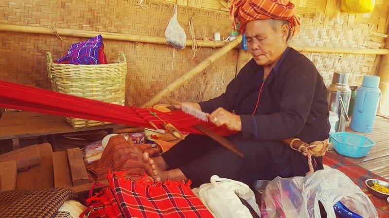 Trekking from Kalaw to Inle Lake: Weaving fabric