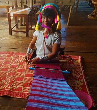 Inle Lake: Long necked Karon tribal women