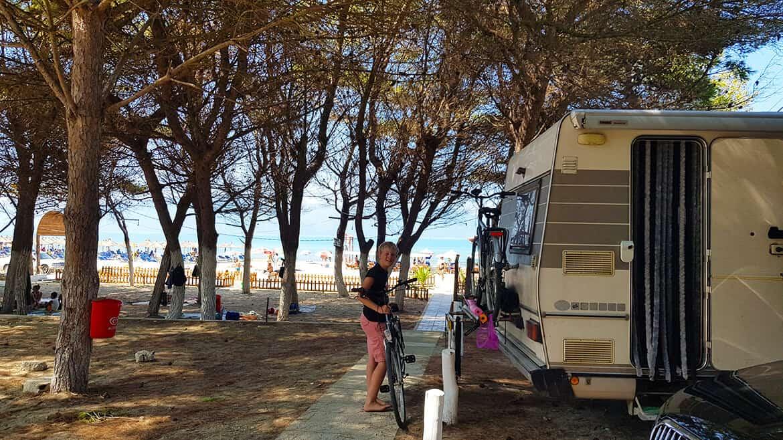 Wild Camping in Albania: Vlores, Narte Beach