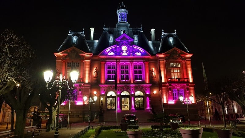 Paris: Lit up town hall in Suresnes