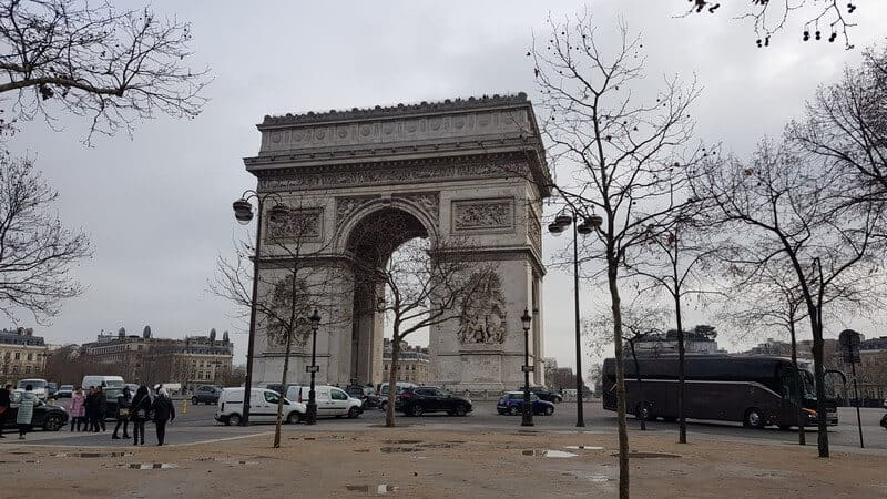 Paris for a day - Arc de Triomphe
