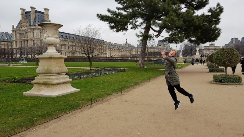 Paris for a day - Tai cant jump