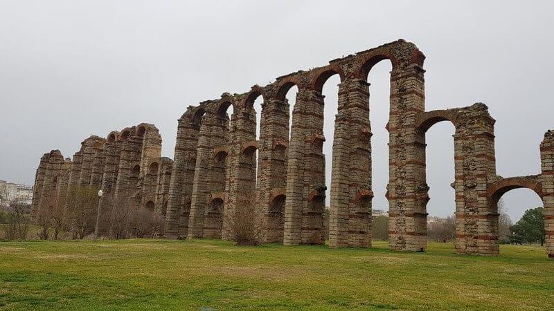 Roman Ruins in Merida Spain: Los Milagros Aqueduct