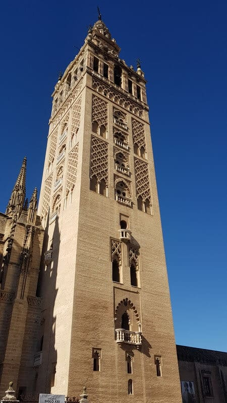 Things to do in Seville: La Giralda - The Bell tower