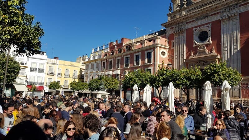 Seville: Buzzing square