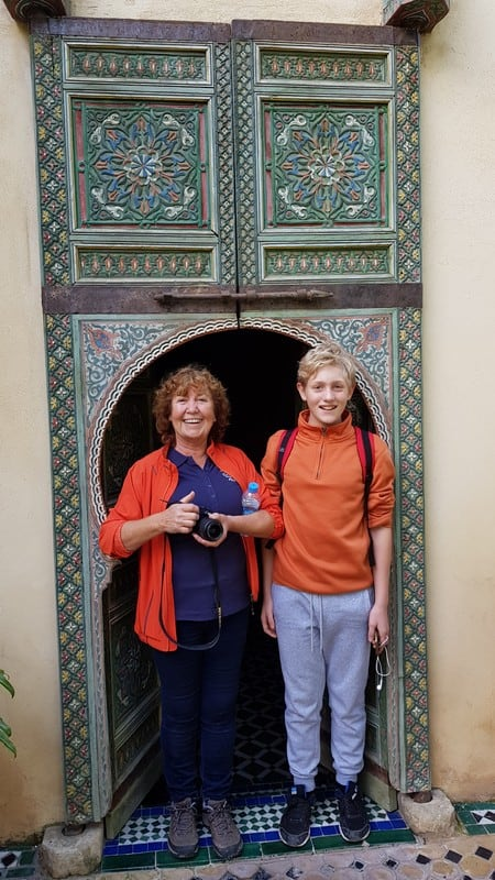 Tour of Fes medina: Who's taller?