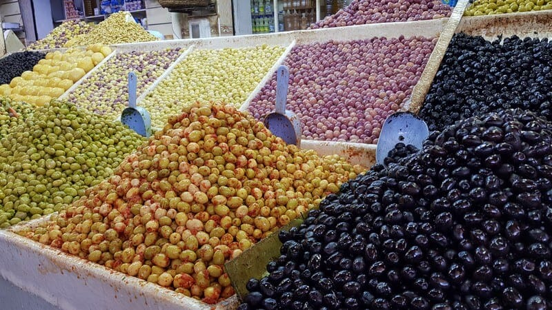 Errachidia souk: Olives