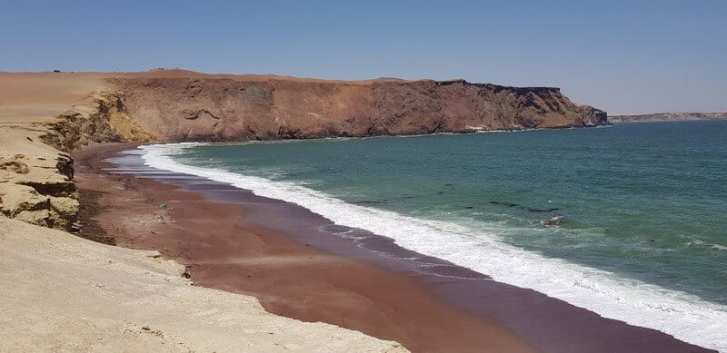 Playa Rojo in Paracas National Park